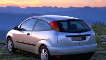 Ford-Focus_1998_1024x768_wallpaper_10
