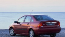Ford-Focus_Sedan_1998_1024x768_wallpaper_04